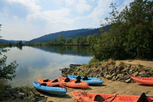Kayaks on the lake shore.